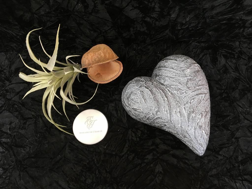 S Urnen wild pombiert schwarz perlweiss